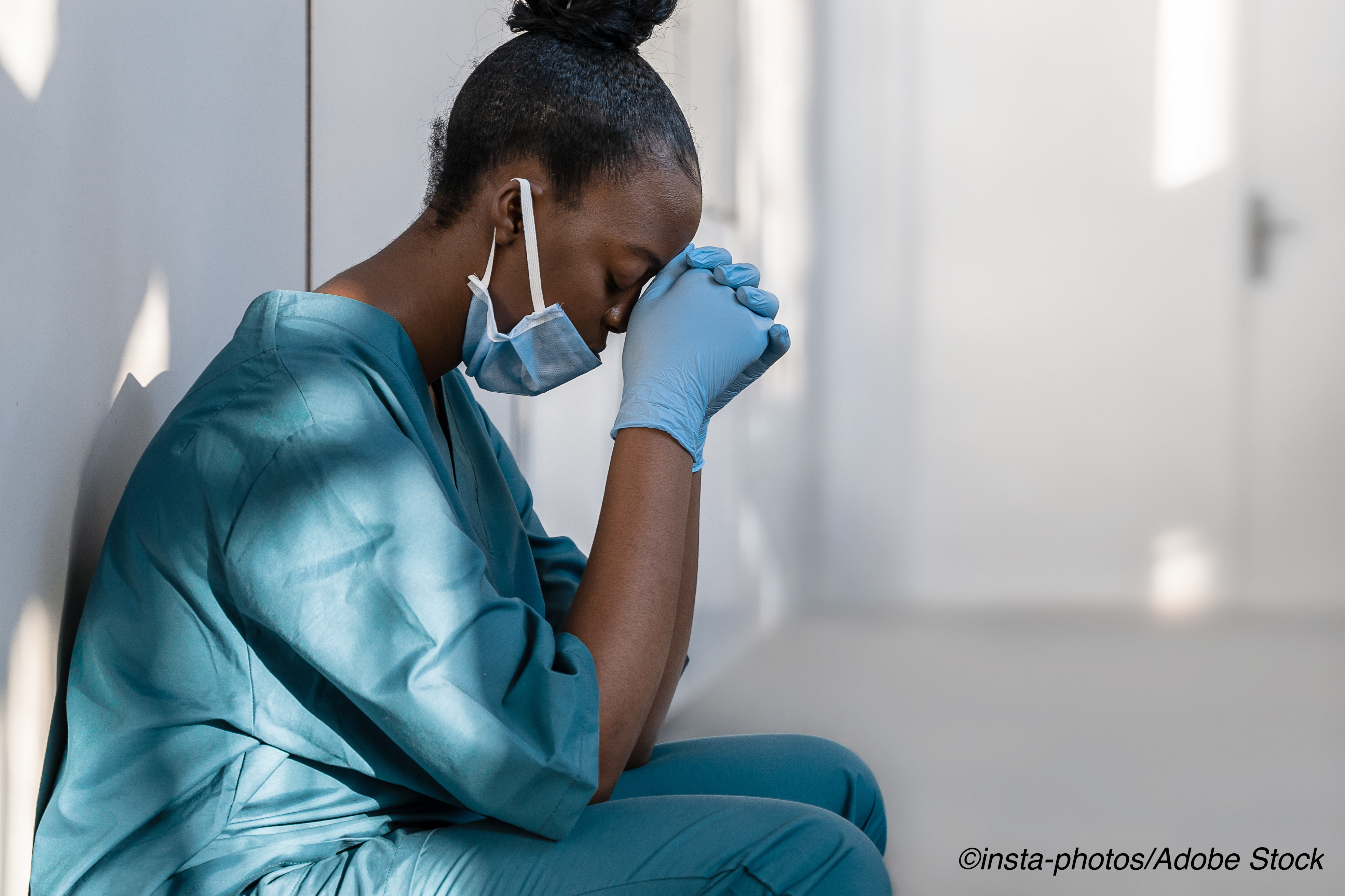 Burnout Hits Nurses Early in Careers and Leaves Lasting Impression